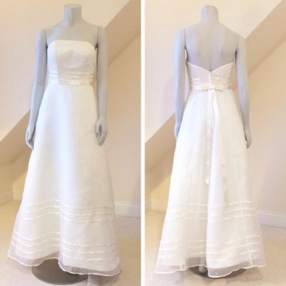 d1aa587db71d9 David s Bridal Dresses   Skirts - David s Bridal Organza A-Line Dress Plus Size  16